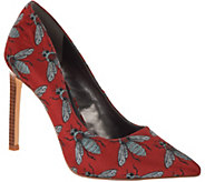 Nine West Tatiana Bee Print Pointed Toe Pumps - S8899