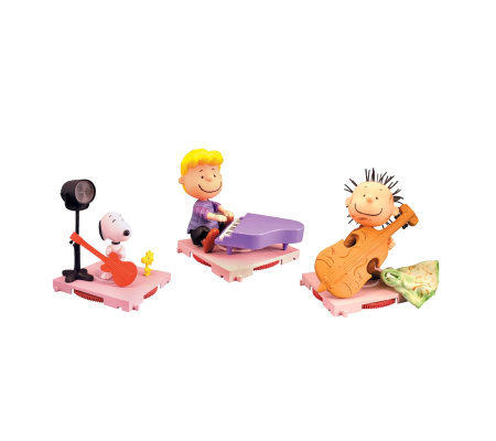A Charlie Brown Christmas Snoopy, Pig Pen, andSchroeder