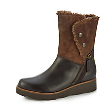 Clarks Okemo Sienna Leather Boot w/ Faux Fur Lining & Stud Detail