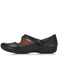 Clarks Felicia Plum Lightweight Leather Shoe Wide Fit