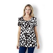 Kim & Co Monotone Circles Brazil Knit Short Sleeve Tunic