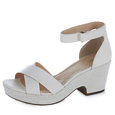 Clarks Maritsa Ruth Strappy Sandal Wide Fit