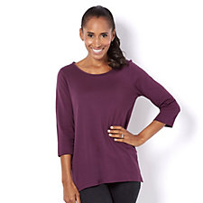 C. Wonder 3/4 Sleeve Round Neck Tail Hem T-Shirt