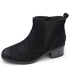 Clarks Nevella Bell Chelsea Boots with Stacked Heel Wide Fit