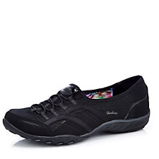 Skechers Breathe Easy Faithful Bungee Slip On Trainer with Memory Foam