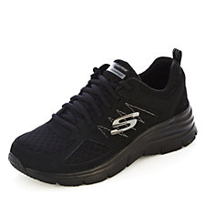Skechers Fashion Fit Not Afraid Leather Overlay Lace Up Trainers
