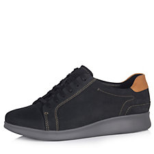 Clarks Un Flare Lace Up Trainer