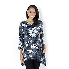 156467 - LOGO by Lori Goldstein 3/4 Sleeve Floral Print Sharkbite Hem Tunic
