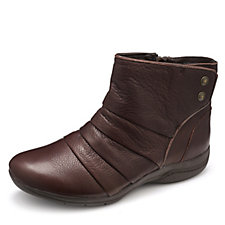 Skechers Modern Comfort Leather Ankle Boots