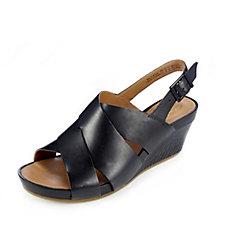 Clarks Rusty Rizz Crosstrap Wedge Sandal