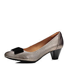 Clarks Denny Raffle Court Shoe with Bow Trim Wide Fit