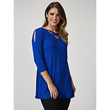 Grace 3/4 Sleeve Double Cross Front Detail Tunic