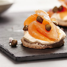 H Forman & Son 625g Side of Smoked Salmon