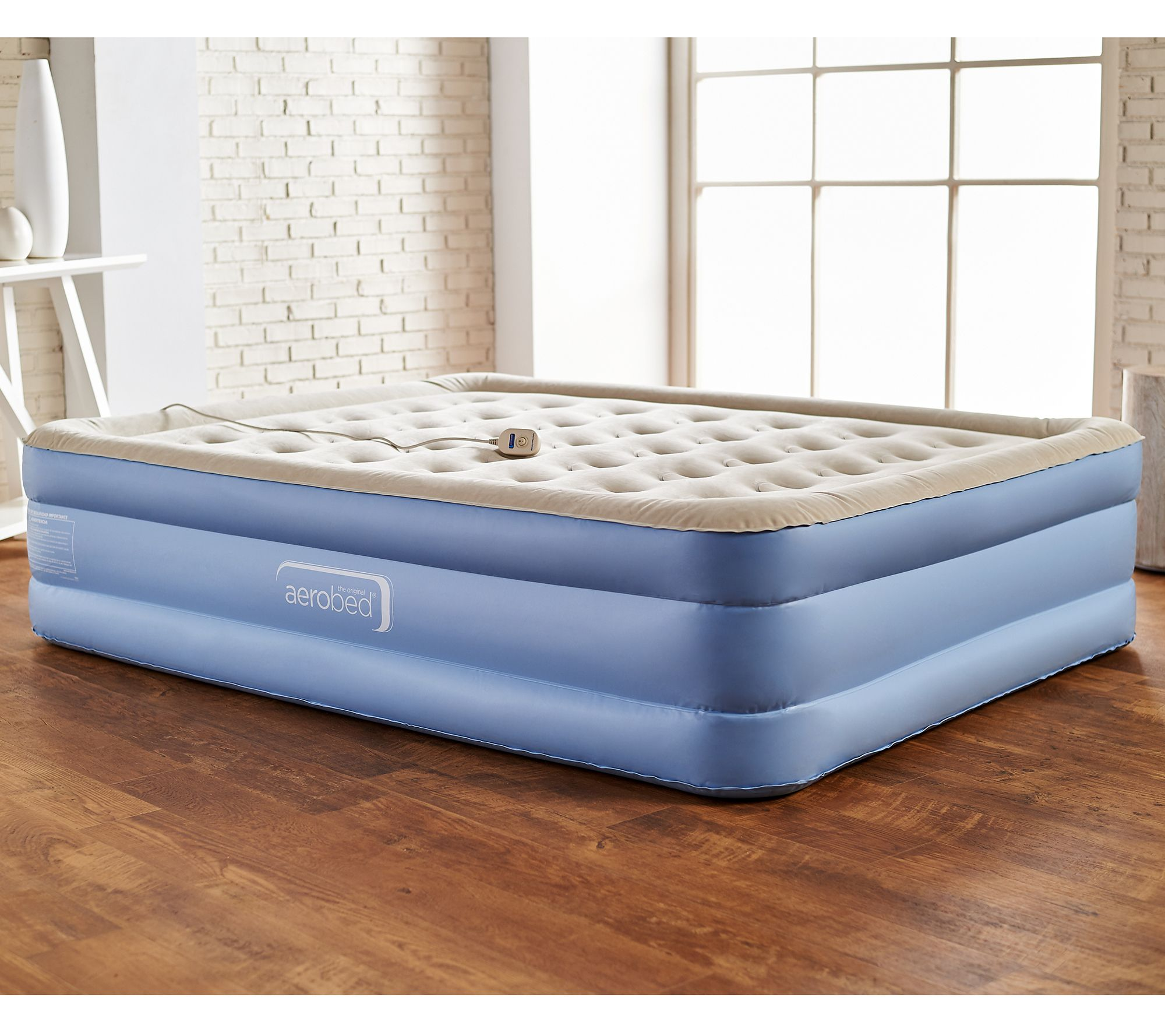 """aerobed queen 18"""" air mattress with antimicrobial sleep surface"""