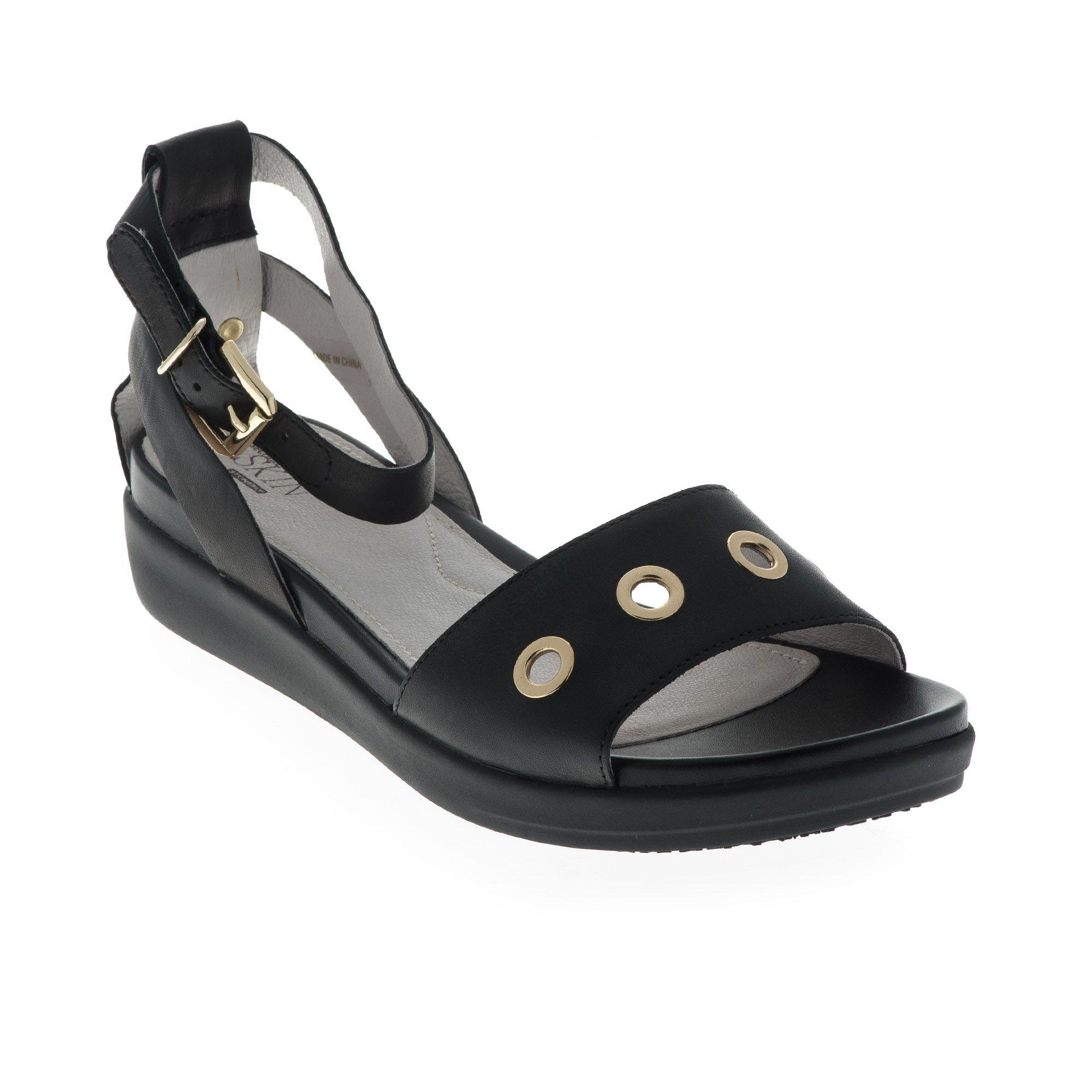 Sandalo in pelle con occhielli e zeppa 4cm