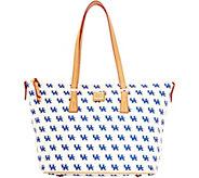 Dooney & Bourke NCAA University of Kentucky Zip Top Shopper - A283231