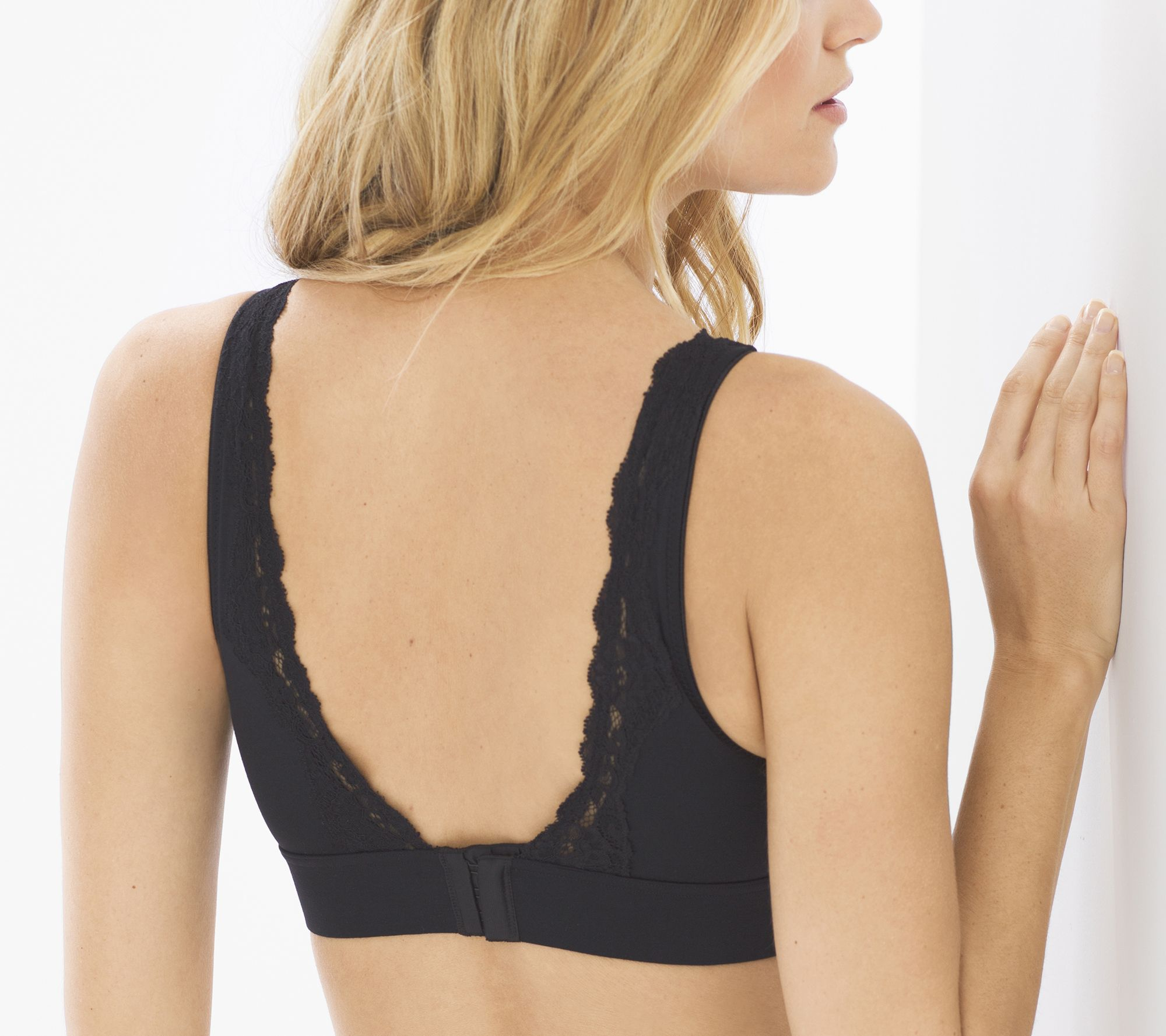 a78afaa69fc3f Soma Embraceable Wireless Lace Trim Bra - Page 1 — QVC.com