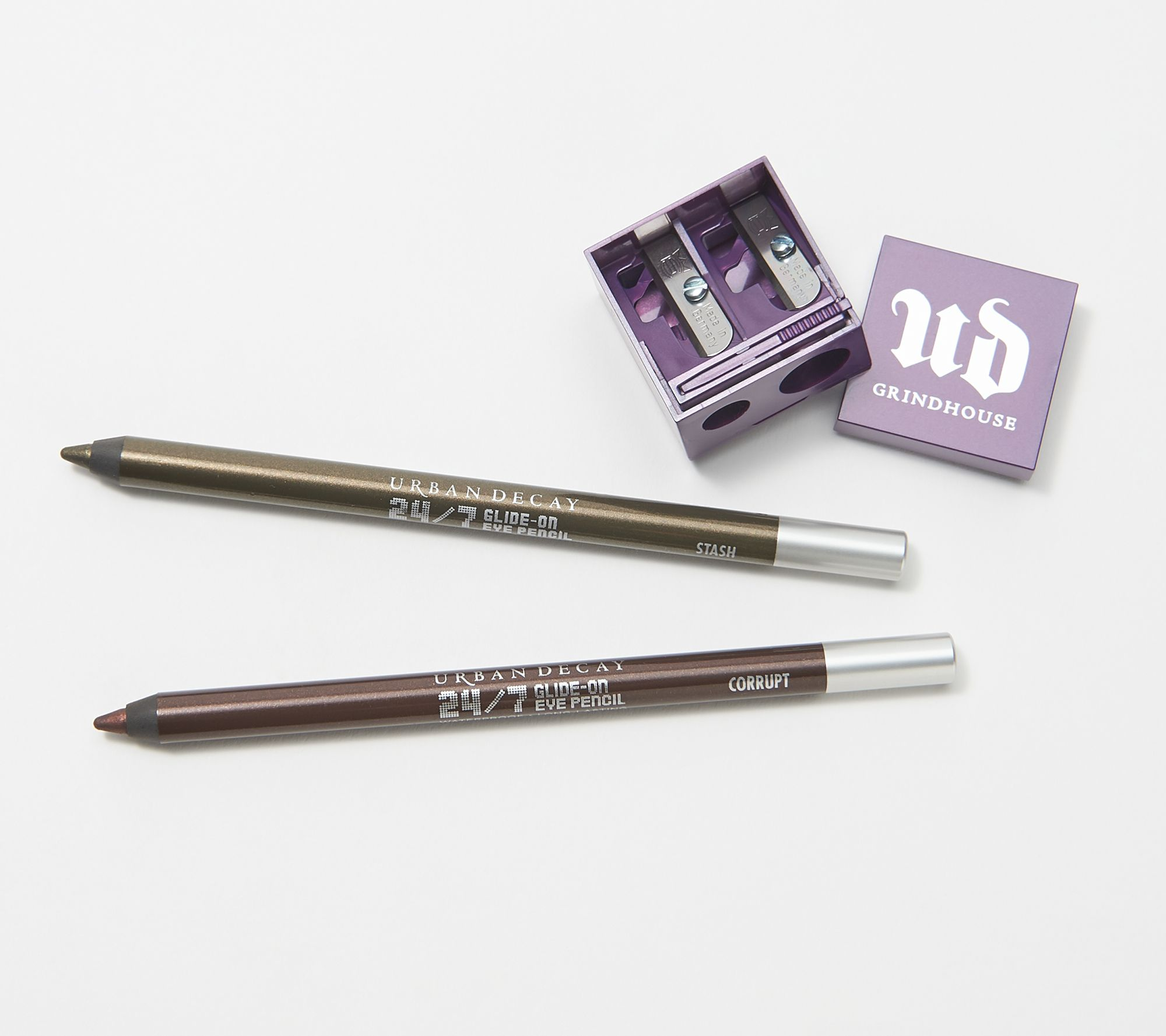 UD PRO Smoky Smudger Brush by Urban Decay #11