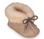 Minnetonka Infants Genuine Sheepskin Booties - A241283
