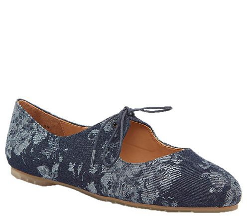 Me Too Closed Toe Mary Jane Flats - Cacey