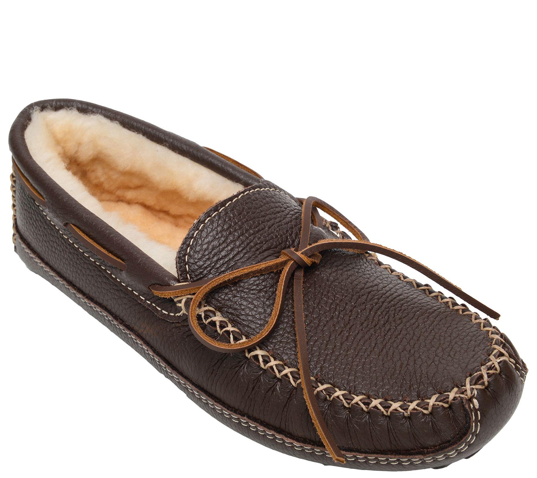 830ea24e102db9 Minnetonka Men s Sheepskin-Lined Chocolate Moose Slippers ...