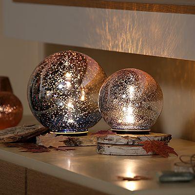 lumida casa glaskugeln farbverlauf outdoorgeeignet timer 2tlg page 1. Black Bedroom Furniture Sets. Home Design Ideas