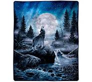 Lavish Home 74 x 91 Heavy Fleece Blanket withHowling Wolf - H303135