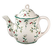 Pfaltzgraff Winterberry Sculpted Teapot - 4 Cup - H184439