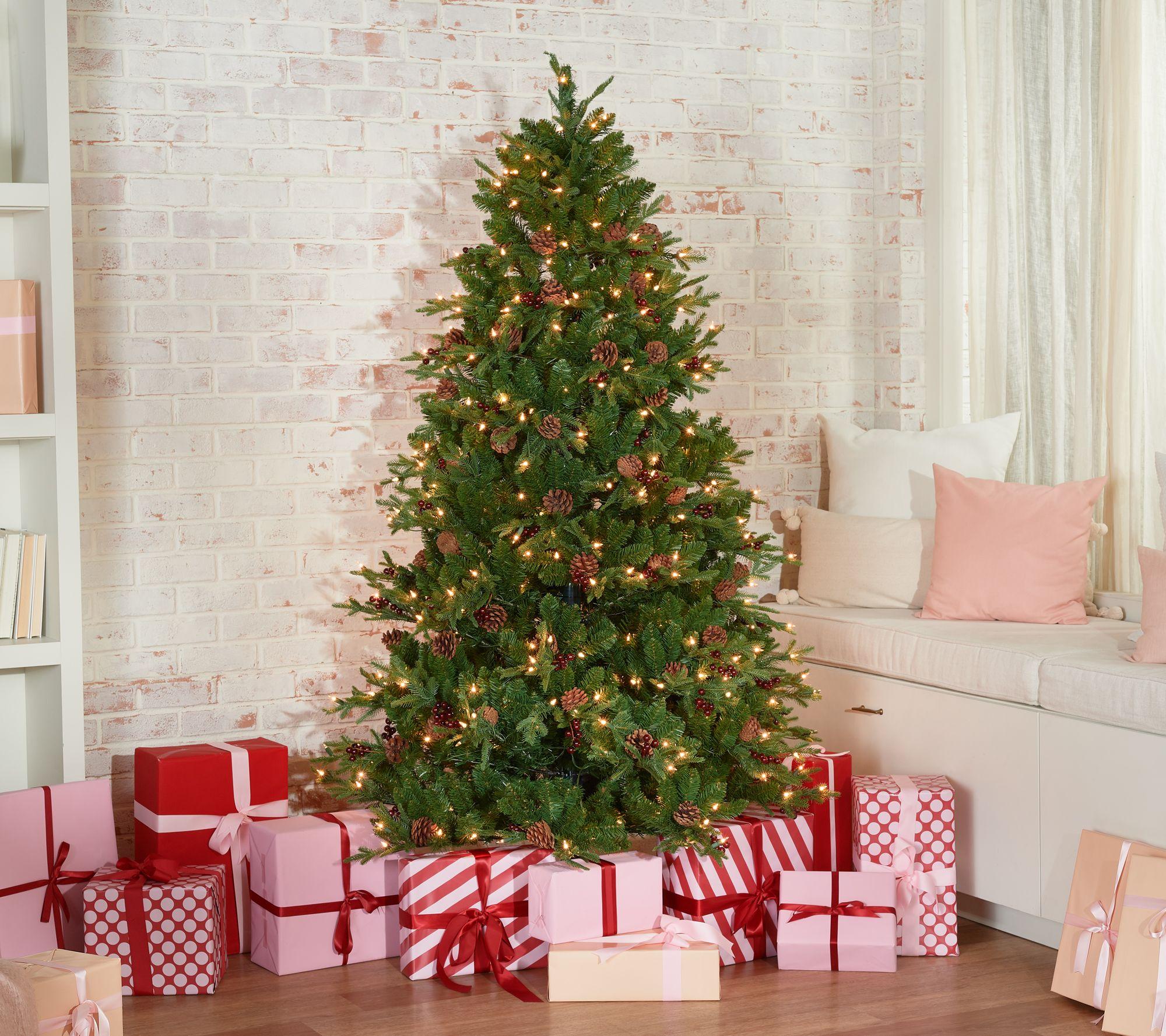 It Christmas.Scott Living 6 5 Berry And Pinecone Christmas Tree Qvc Com
