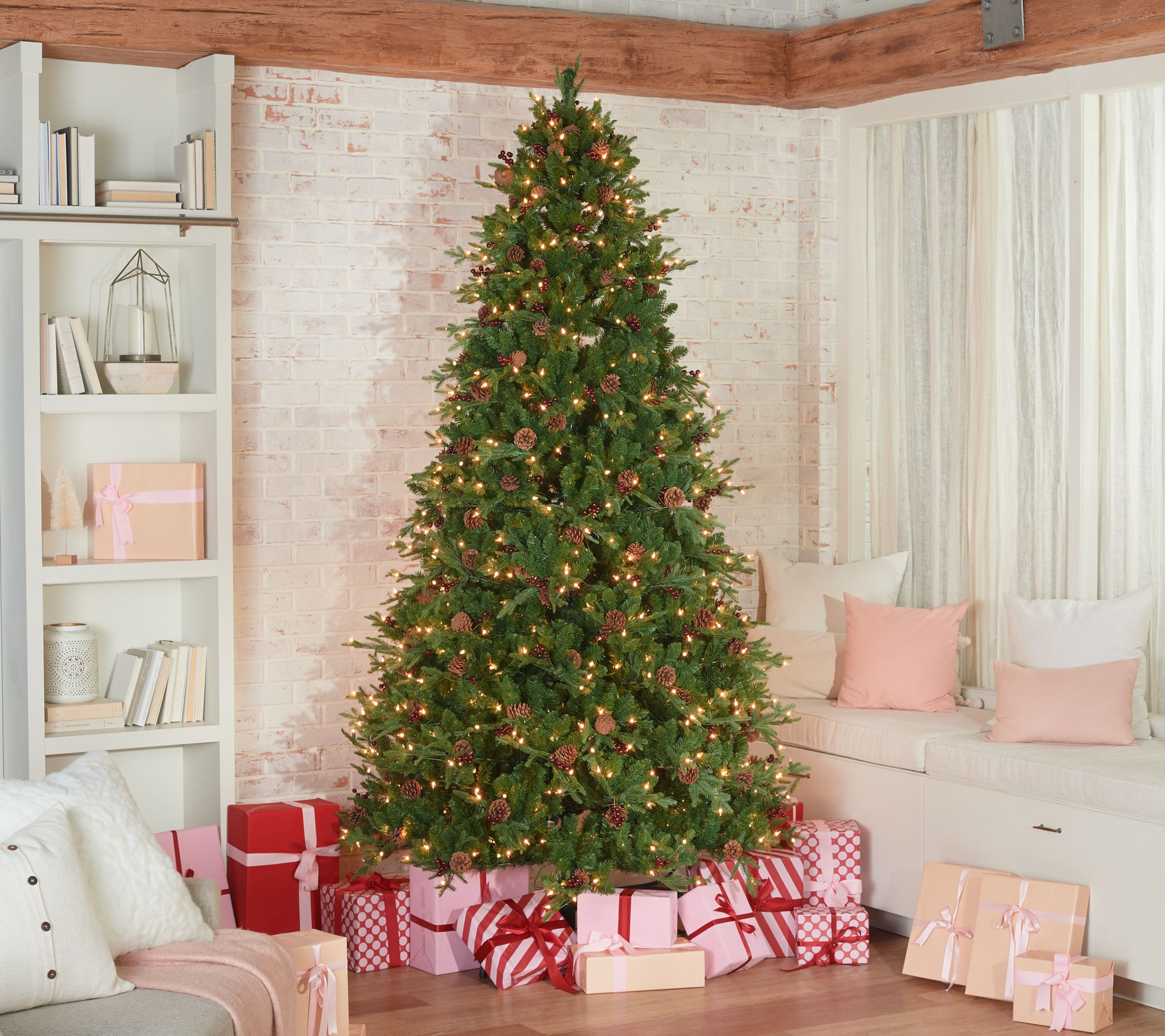 It Christmas.Scott Living 9 Berry And Pinecone Christmas Tree Qvc Com