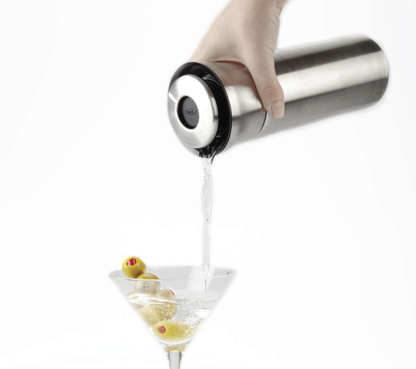 OXO SteeL Press & Pour Insulated Cocktail Shaker Bar Tools Bar Tools & Drinkware