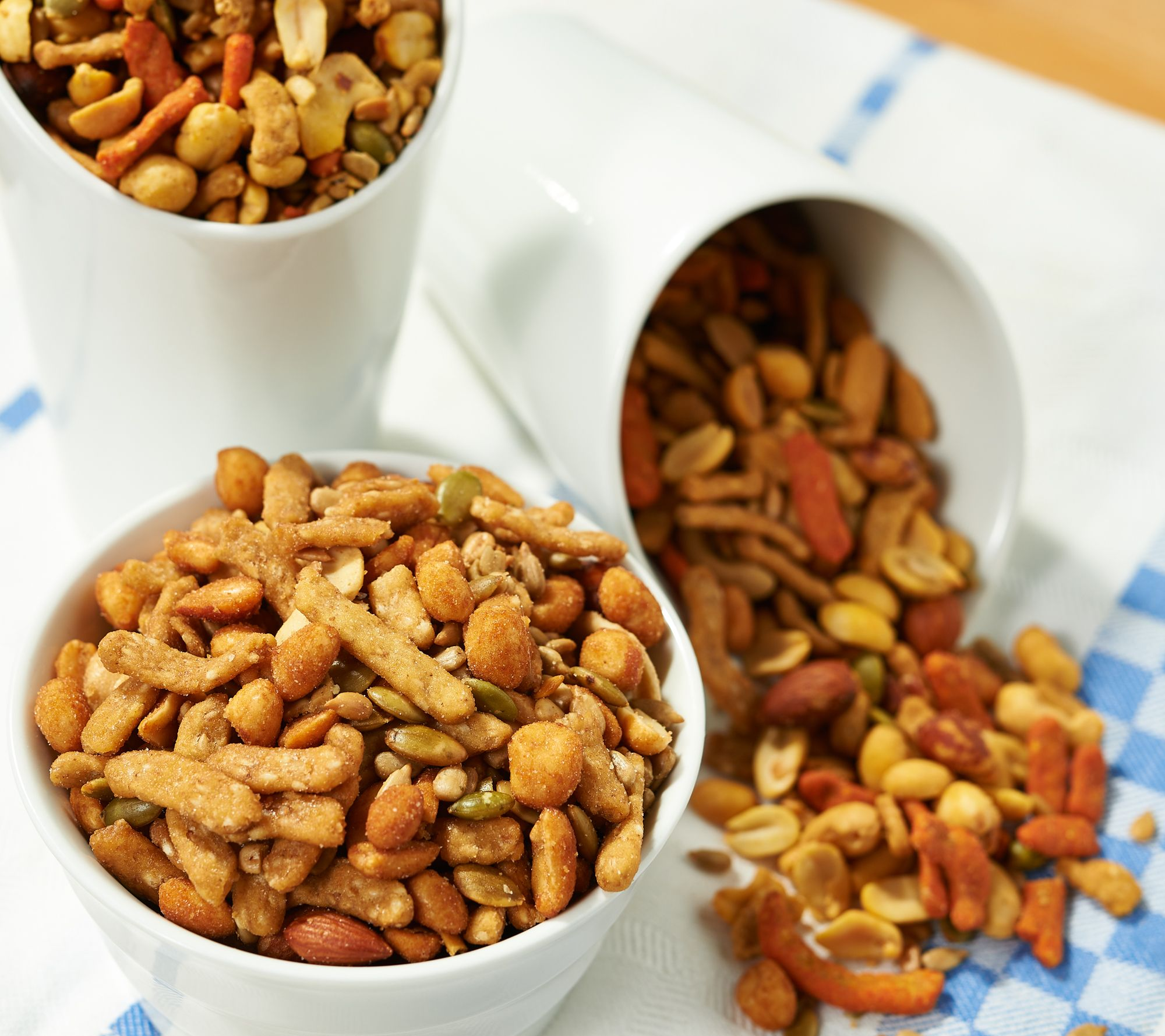 Squirrel Brand (3) 16-oz Cans of Town & Country Nut Mix Auto-Delivery —  QVC com