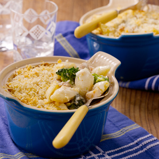Creamy Pasta Bake with Chicken and Broccoli