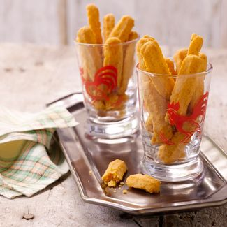 Old-Fashioned Holiday Cheese Straws