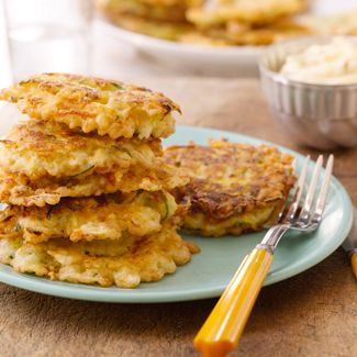 Zucchini Fritters with Garlic Aioli Dipping Sauce