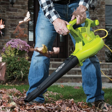 Leaf Blowers & Vacs - Maintain your space with these essentials