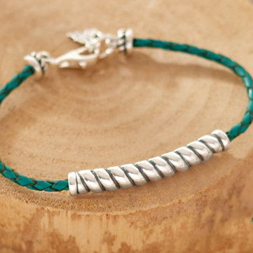 Bracelets. Distinctive designs that stand out