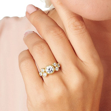 Rings. Eye up elegant showstoppers.