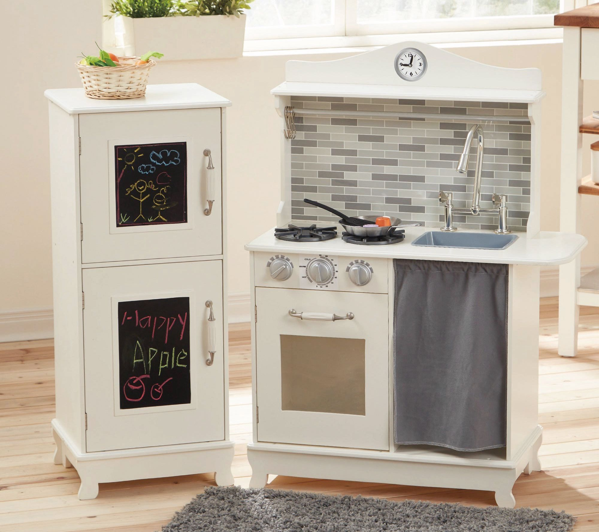 Teamson Kids Farmhouse Kitchen with Stove & Refrigerator — QVC.com