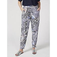 Kim & Co Airy Leo Brazil Knit Wellness Trousers with Pockets