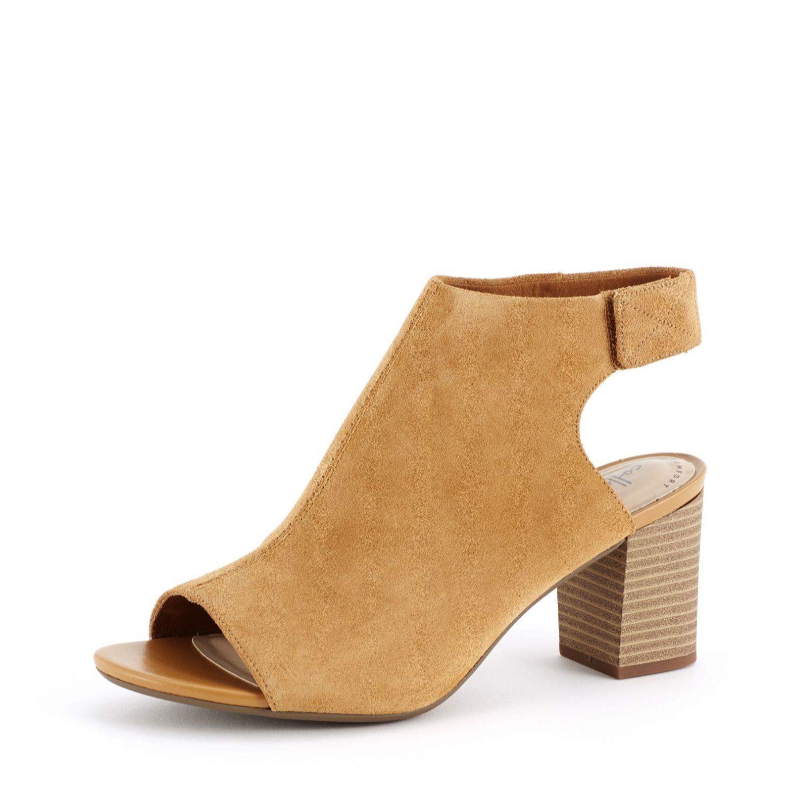 6ca939af7 Clarks Deva Bell Peeptoe Sandal Wide Fit - QVC UK