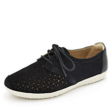 Earth Spirit Pasadena Perforated Lace Up Shoe