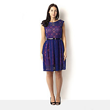 Outlet Tiana B Floral Lace Dress with Contrast Slip Lining