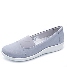 Clarks Sillian Sune Cloud Steppers Slip On Shoes