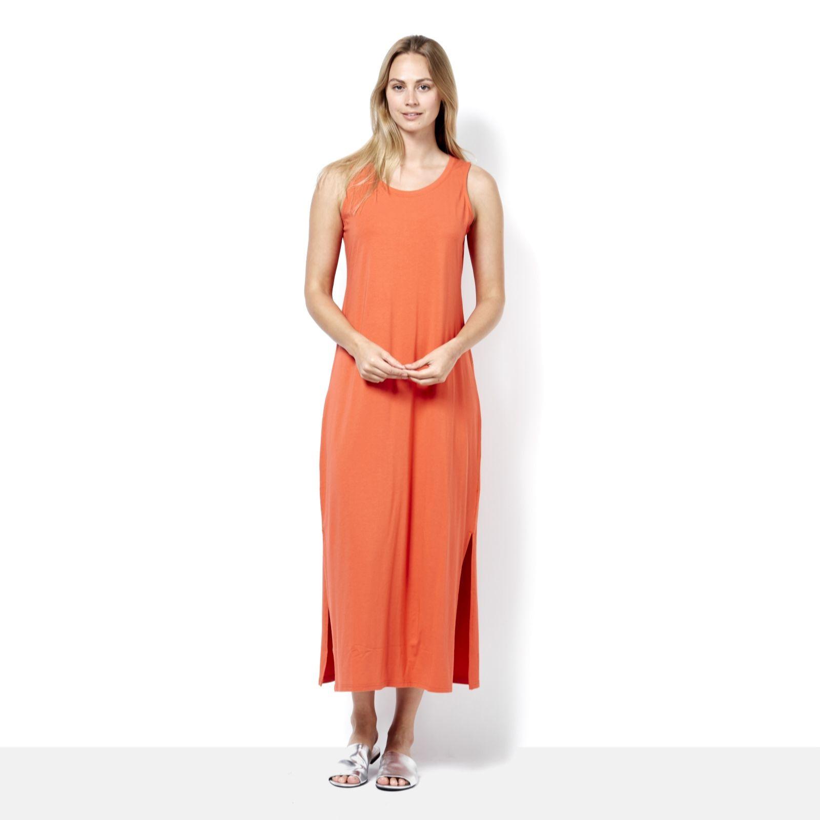 31b6a35fdcb Isaac Mizrahi Live Sleeveless Maxi Dress with Side Slits Petite - QVC UK