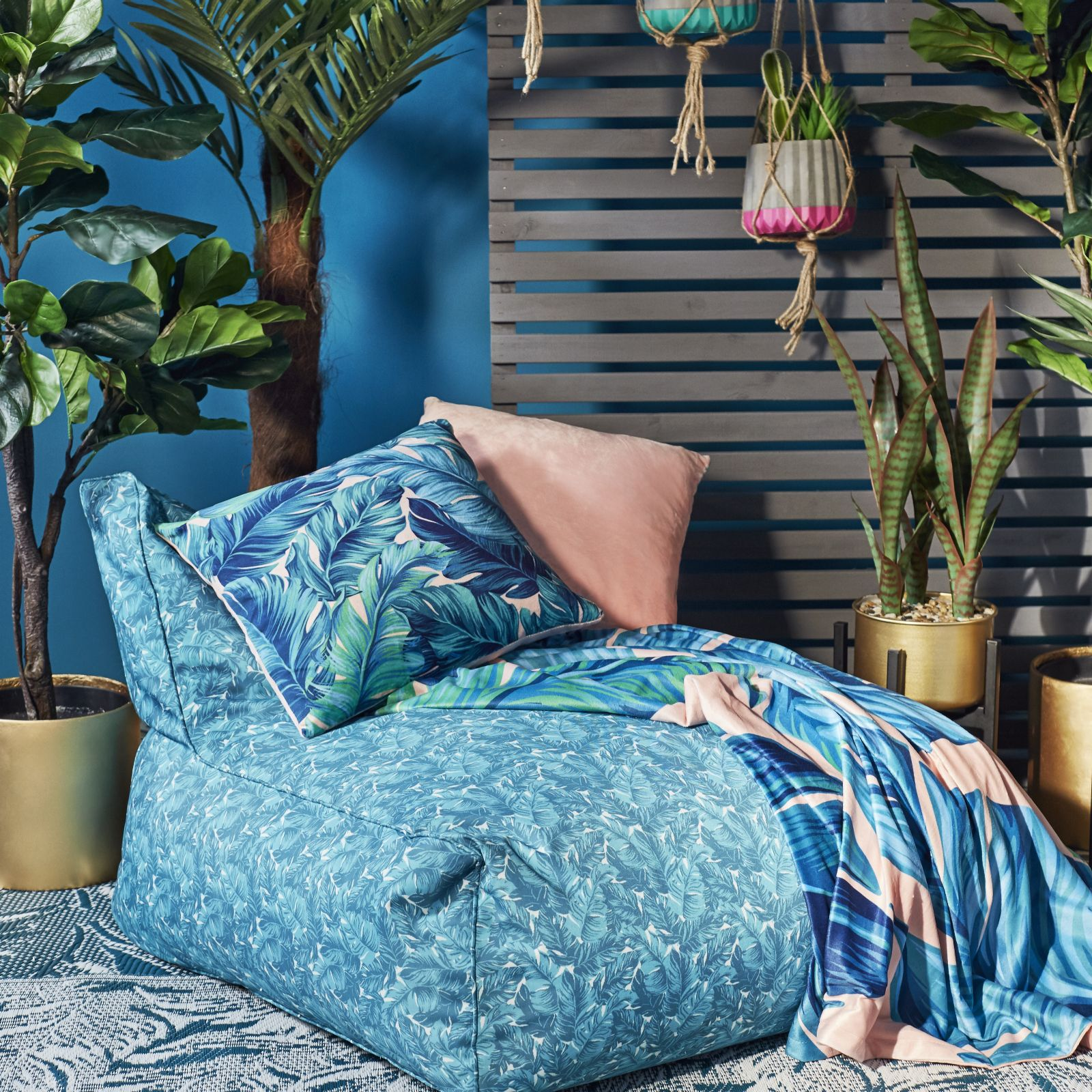 Cool Edited By Erica Davies Tropical Print Indoor Outdoor Sofa Chair Qvc Uk Ocoug Best Dining Table And Chair Ideas Images Ocougorg