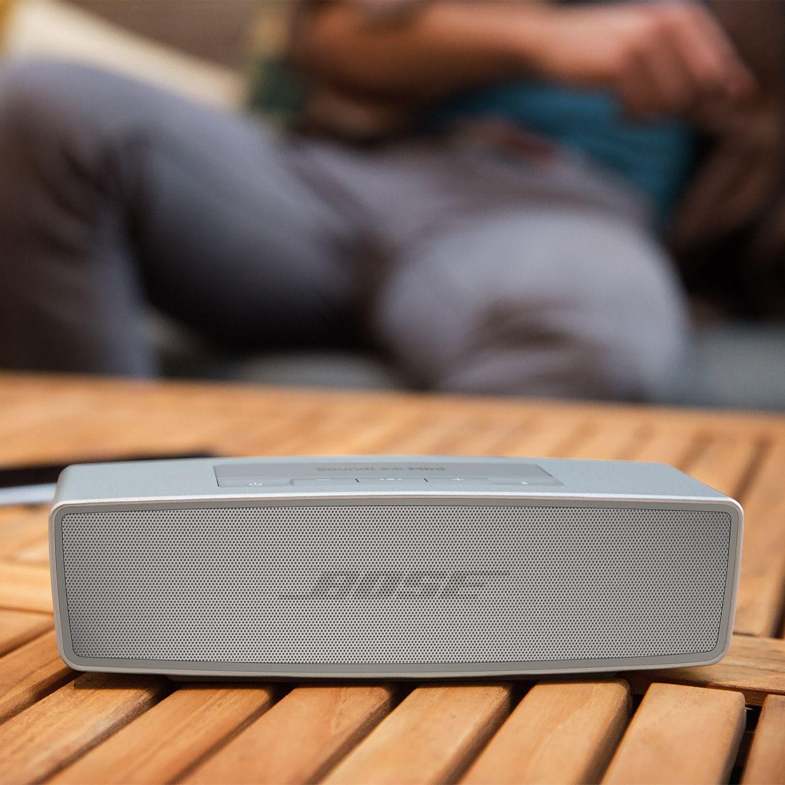 Bose Soundlink Mini Bluetooth Speaker Ii Page 1 Qvc Uk With Travel Bag