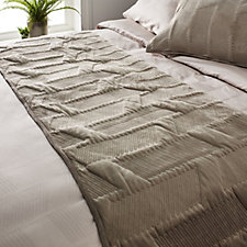 K by Kelly Hoppen Mayfair Velvet Quilted Runner