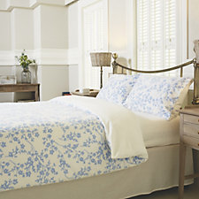 Cozee Home Ditsy Floral Print Fleece Duvet Set with Deep Fitted Sheet