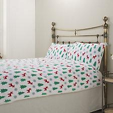 Cozee Home Festive Reindeer Print Duvet